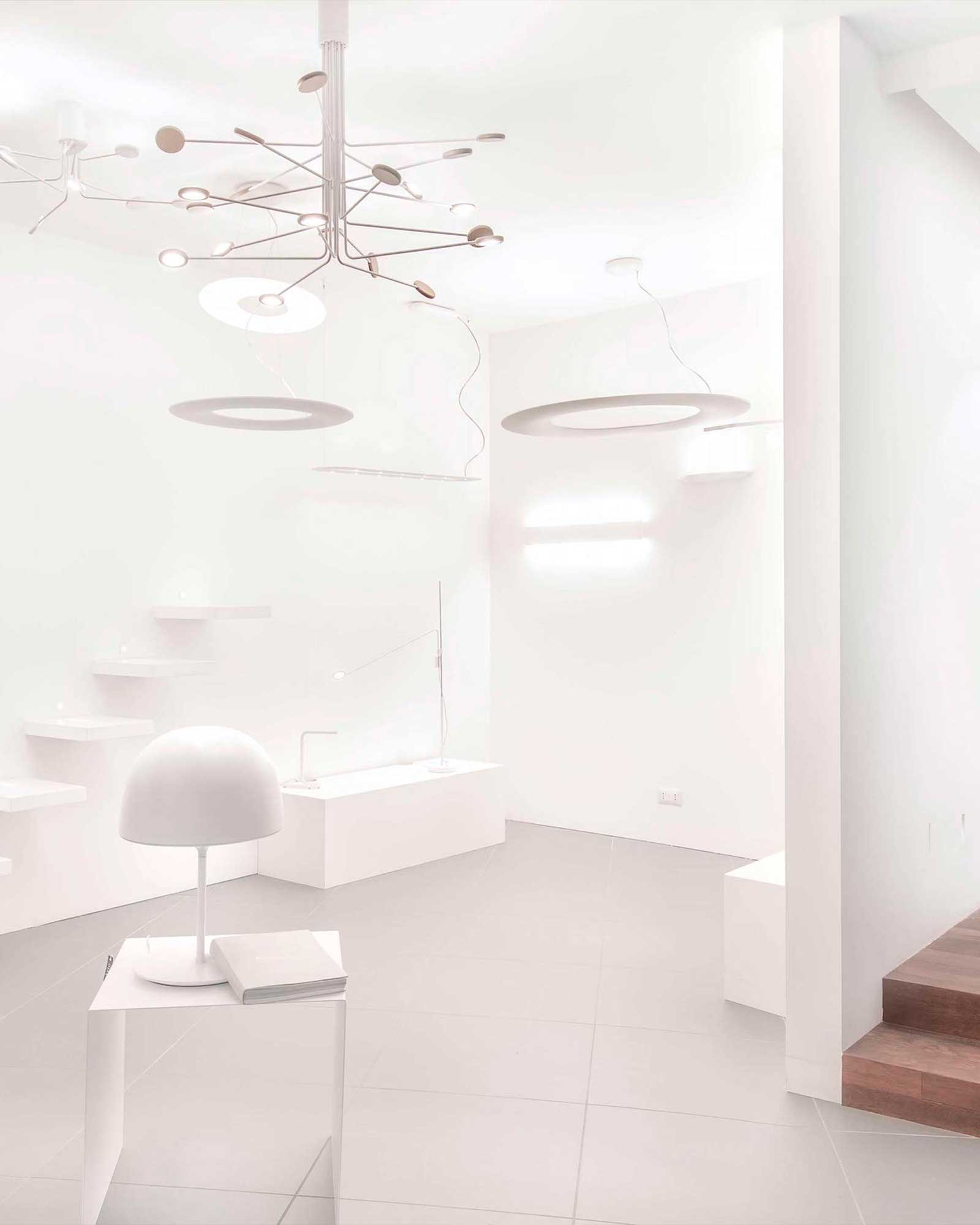 Lampadario Con Punto Luce Decentrato vendita lampadari e lampade venezia | guerra lampadari